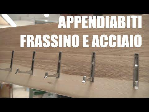 FRASSINO E ACCIAIO - Appendiabiti con ganci a scomparsa - Falegnameria - Progetto Fai Da Te