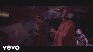 Seinabo Sey - Hard Time (Live From The Box)