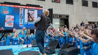 """Ed Sheeran performs """"Supermarket Flowers"""" on Today Show"""