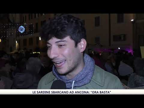 "Le sardine sbarcano ad Ancona: ""Ora basta"""