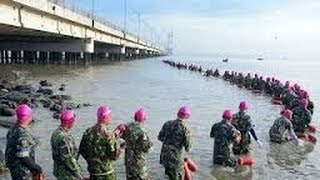 Kehebatan MARINIR TNI, Renang Sebrangi Selat Madura