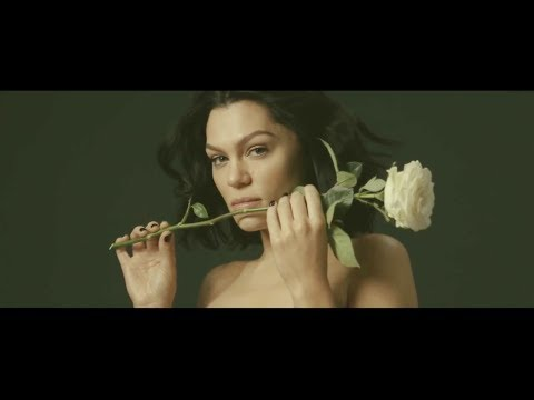 Easy On Me - Jessie J