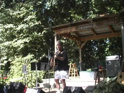 """Bobby Caputo """"Live"""" At Hoofenanny"""