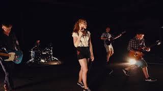 Video ŠAMAT - Mrhaj čas (Oficiální videoklip)