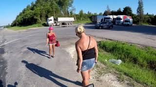 Проститутки поехали на дачу