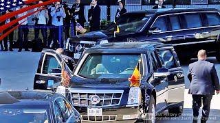 大統領専用車「ビースト」でNATO本部に到着するトランプ大統領+新NATO本部ビル開所式