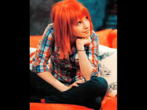 PARAMORE hayley williams Teenagers FULL! 2009 NEW SONG!!!
