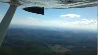 preview picture of video 'Flying from Esztergom to Miskolc ( C175 , HA-SKR )'