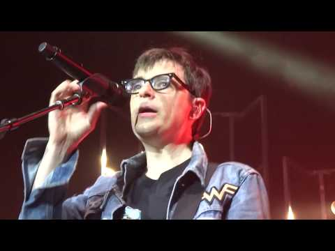 Weezer Africa Toto Cover Live In The Woodlands Houston Texas