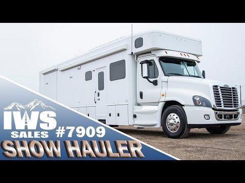 2019 Show Hauler – 45′ Motor Coach