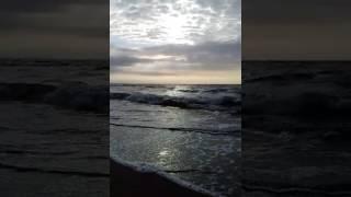 Вечірня прогулянка по морю !