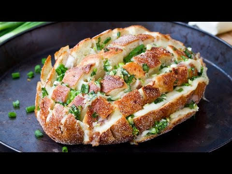 Svogūninė duona su sūriu