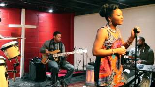 Spirit Break Out- Kim Walker Smith & William McDowell (cover)
