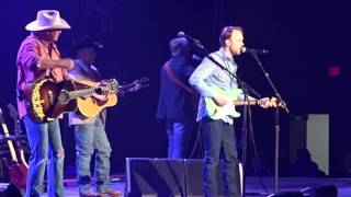 Alan Jackson - So You Don't Have To Love Me Anymore, live at Infinite Duluth, 28 January 2017