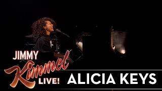 Illusion Of Bits (En Vivo) - Alicia Keys (Video)