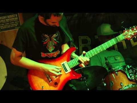 Tyler Arnott Live