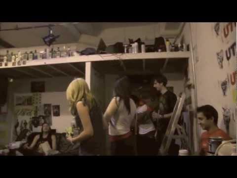 Derrick Utopic playing a Halloween prank on Declan Dingo  (Utopic Web-isode 1)