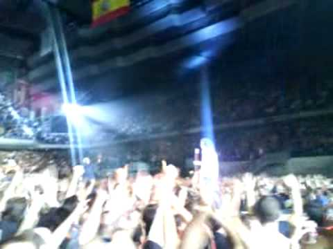 GOD SAVE THE QUEEN - Queen + Paul Rodgers Madrid 2008 LIVE