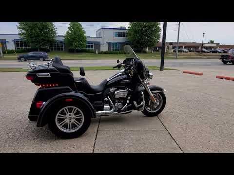 2017 Harley-Davidson Tri Glide® Ultra in Ames, Iowa - Video 1