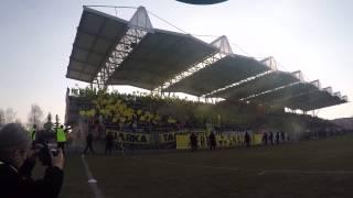 preview picture of video 'Oprawa kibiców Siarki Tarnobrzeg podczas derbowego mecze ze Stalą Stalowa Wola 21.03.2015'