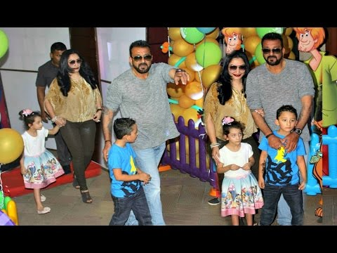 Sanjay Dutt's son Shahraan and daughter Iqra playing Holi