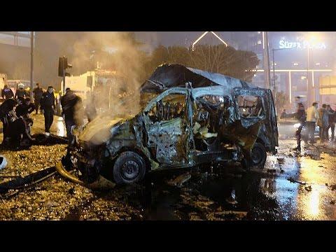Διπλή βομβιστική επίθεση με 29 νεκρούς στην καρδιά της Κωνσταντινούπολης