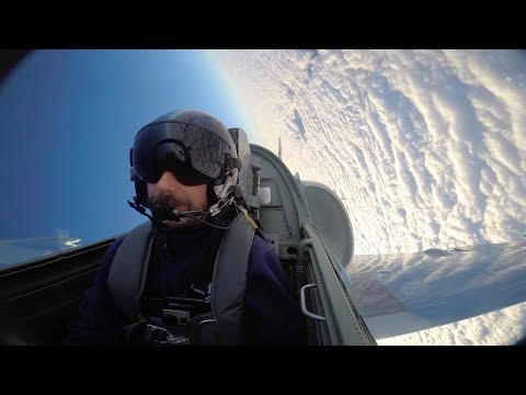 Pulling 5 G's (Grey-Out) L-39 Jet Aerobatics and Cloud Surfing - Flight VLOG