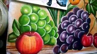 Pintando uvas de 2 cores de modo simples e fácil