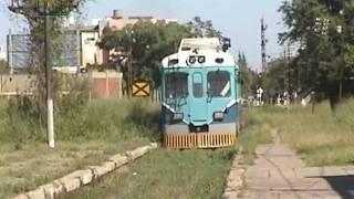 preview picture of video 'Coche motor de SEFECHA saliendo de Resistencia'