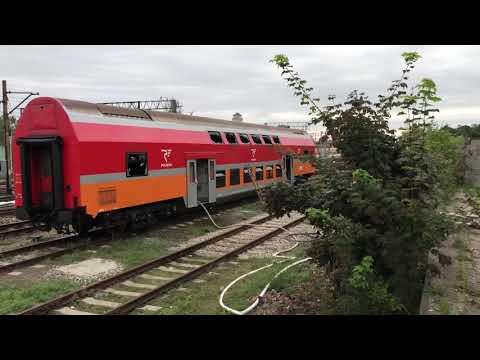 Wideo1: Na bocznicy kolejowej w Lesznie doszło do pożaru wagonu