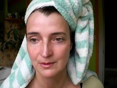 Ninelle die Maske für die Person und des Halses 3-active mit dem Kaviar