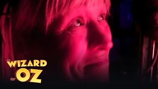 In the Wings with Jo Miles (part 5) - London | The Wizard of Oz