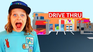 WHO BUILDS THE BEST DRIVE THRU? Roblox Bloxburg Gaming w/ The Norris Nuts