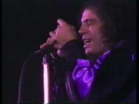 Black Sabbath-vocal-Ronnie James Dio Heaven and Hell Live