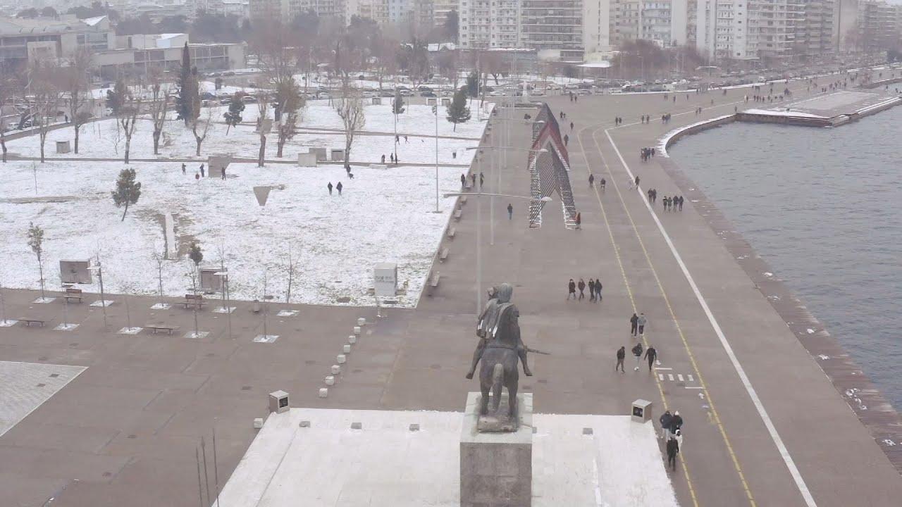 Το χιόνι «πρωταγωνιστής» σε όλη τη Θεσσαλονίκη (drone)