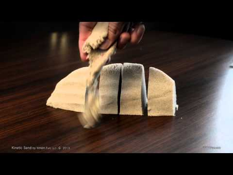 Kinetic Sand (1kg) Play & Learn