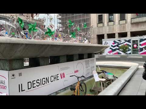 """La fontana di piazza Monte Grappa cambia ancora, e racconta il design """"buono"""" e """"cattivo"""""""