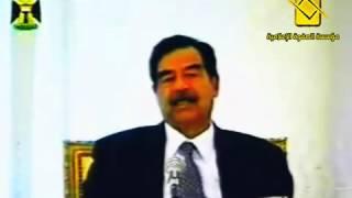 ابو عدي يقطع الاجتماع لأجل الصلاة.