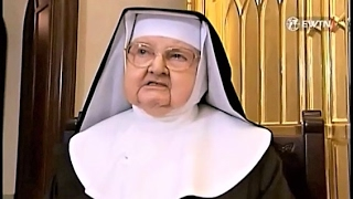 The Holy Rosary. The Glorious Mysteries  led by Mother Angelica to pray on Wednesdays and Sundays.