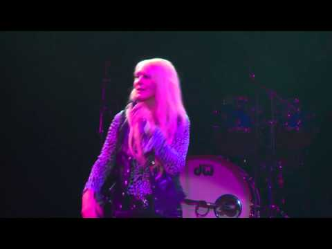 Lorraine Crosby - Two Out of Three Ain't Bad - Newcastle City Hall