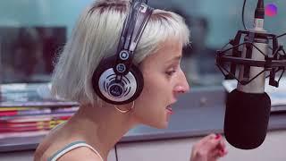Fenna Frei visitó #OMG en Radio One