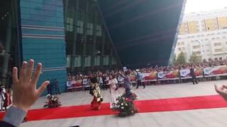 """""""Безумная женщина"""" на красной дорожке фестиваля """"Евразия"""" в Астане"""