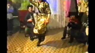 Цыганское новоселье. Девчонка пляшет / Gypsy home party