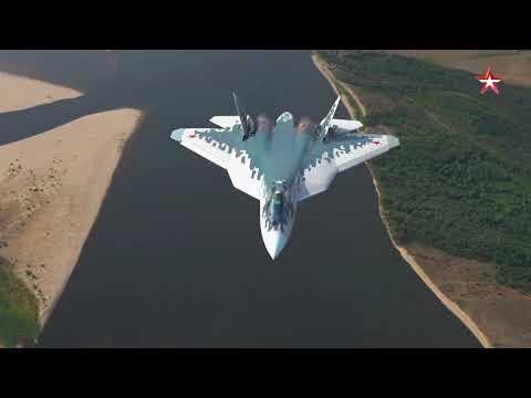 Уникальная съемка полета новейших Су 57 ПАК- ФА с рампы Ан 12