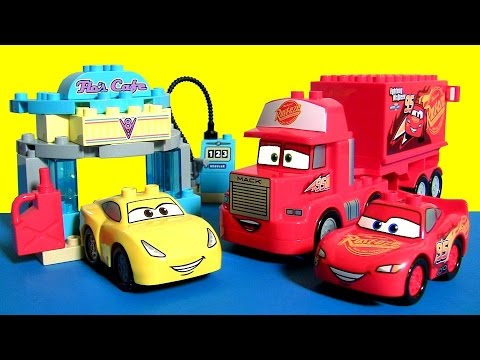 LEGO DUPLO CARS 3 TOYS FLO'S CAFE 10846 with Cruz Ramirez from Disney Pixar Cars 3 Toys Club