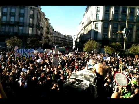 Les Indignés.Ma journée partagé avec le monde , Bruxelles le 15.10.11