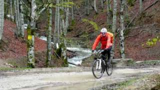 preview picture of video 'TRANSPIRENAICA Con BTT Etapa Nº 13 Isaba a Roncesvalles'
