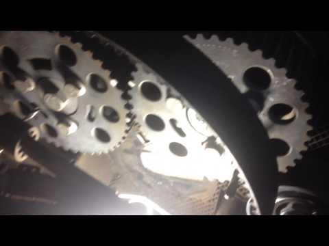 Фото к видео: Замена ремня грм VW TOURAN (BKD)