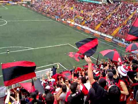 """♪ viene gol ♪.mp4"" Barra: La 12 • Club: Alajuelense"