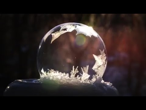 Watch soap bubbles freeze in real time